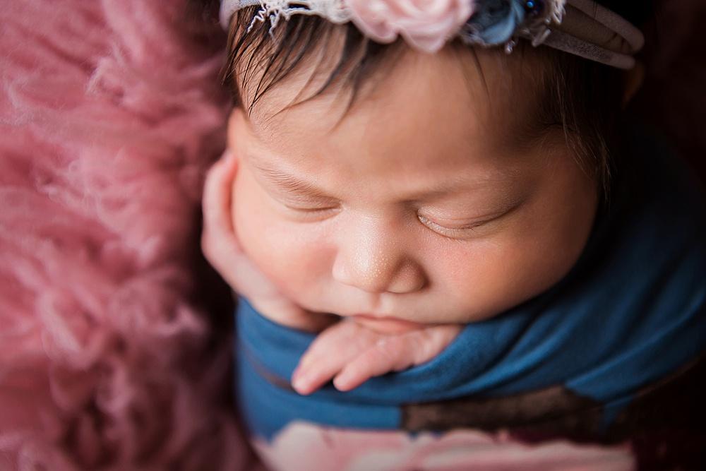 vibrant-colors- newborn-photography05.jpg