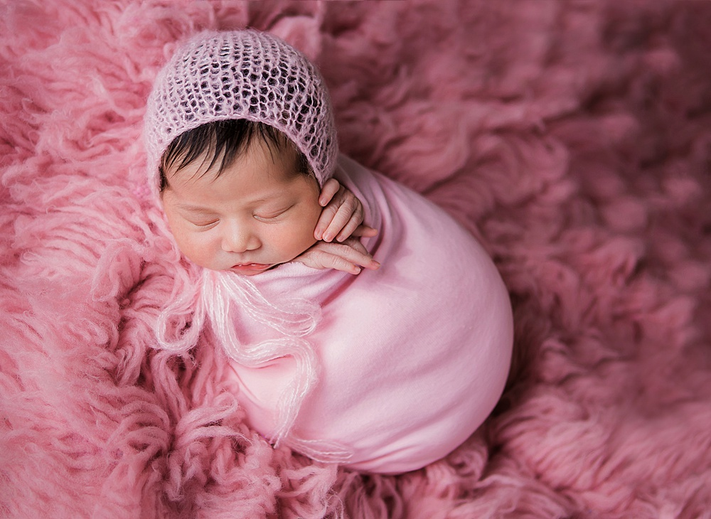 vibrant-colors- newborn-photography10.jpg