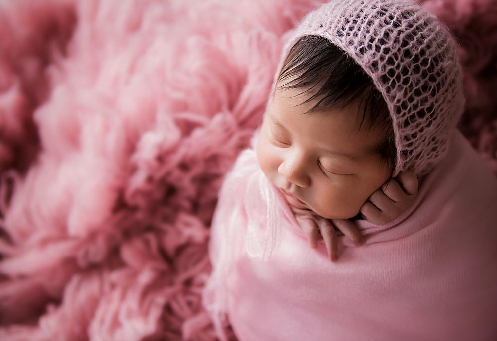 vibrant-colors- newborn-photography11.jpg