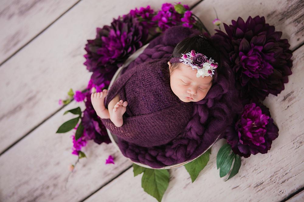 vibrant-colors- newborn-photography17.jpg