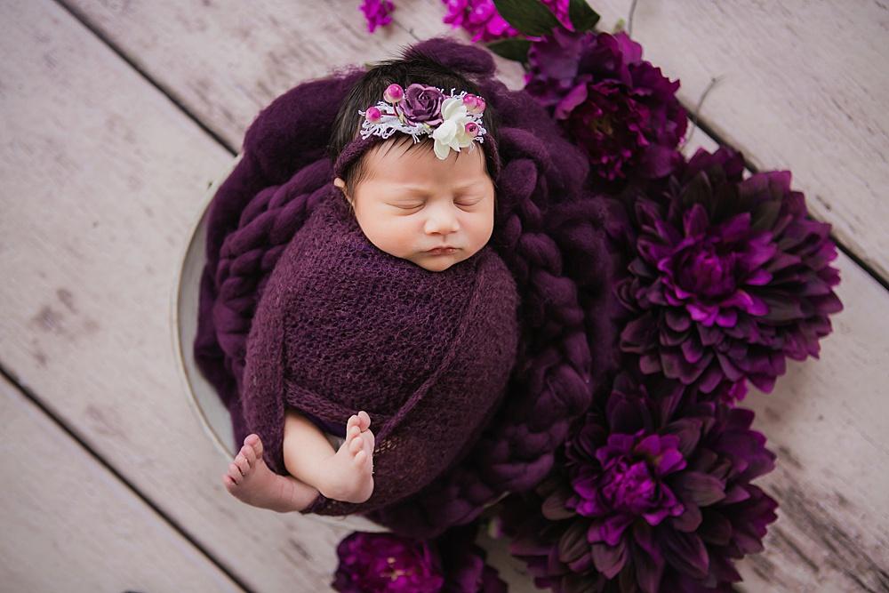 vibrant-colors- newborn-photography19.jpg
