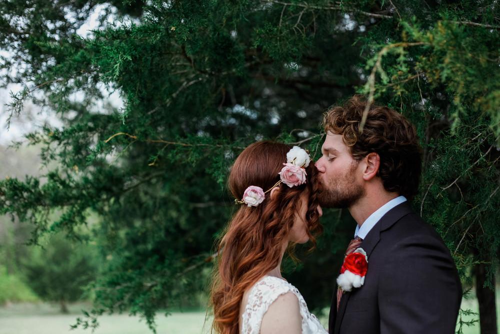 kate and daniel- chandlers gardens- dallas fort worth wedding photographers-66.jpg