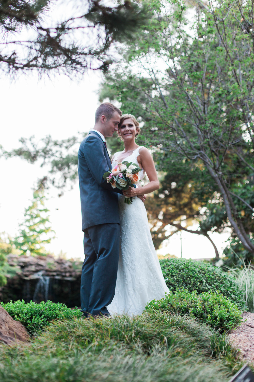 botanical gardens- liz and addision- fort worth wedding photographer-51.jpg