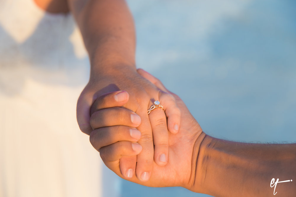 Surprise_Proposal_Sarasota_Lido_Key_Photography_Florida-28.jpg