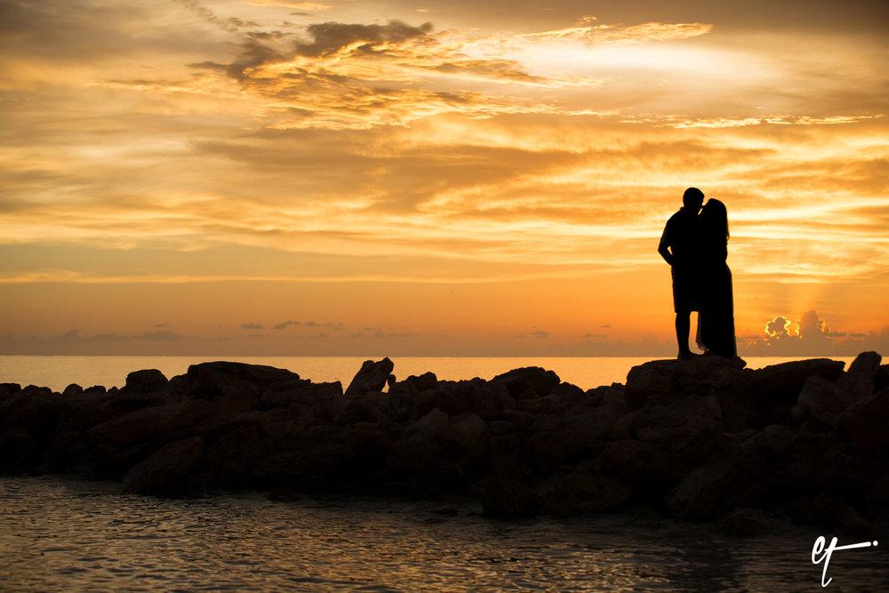 Surprise_Proposal_Sarasota_Lido_Key_Photography_Florida-34.jpg
