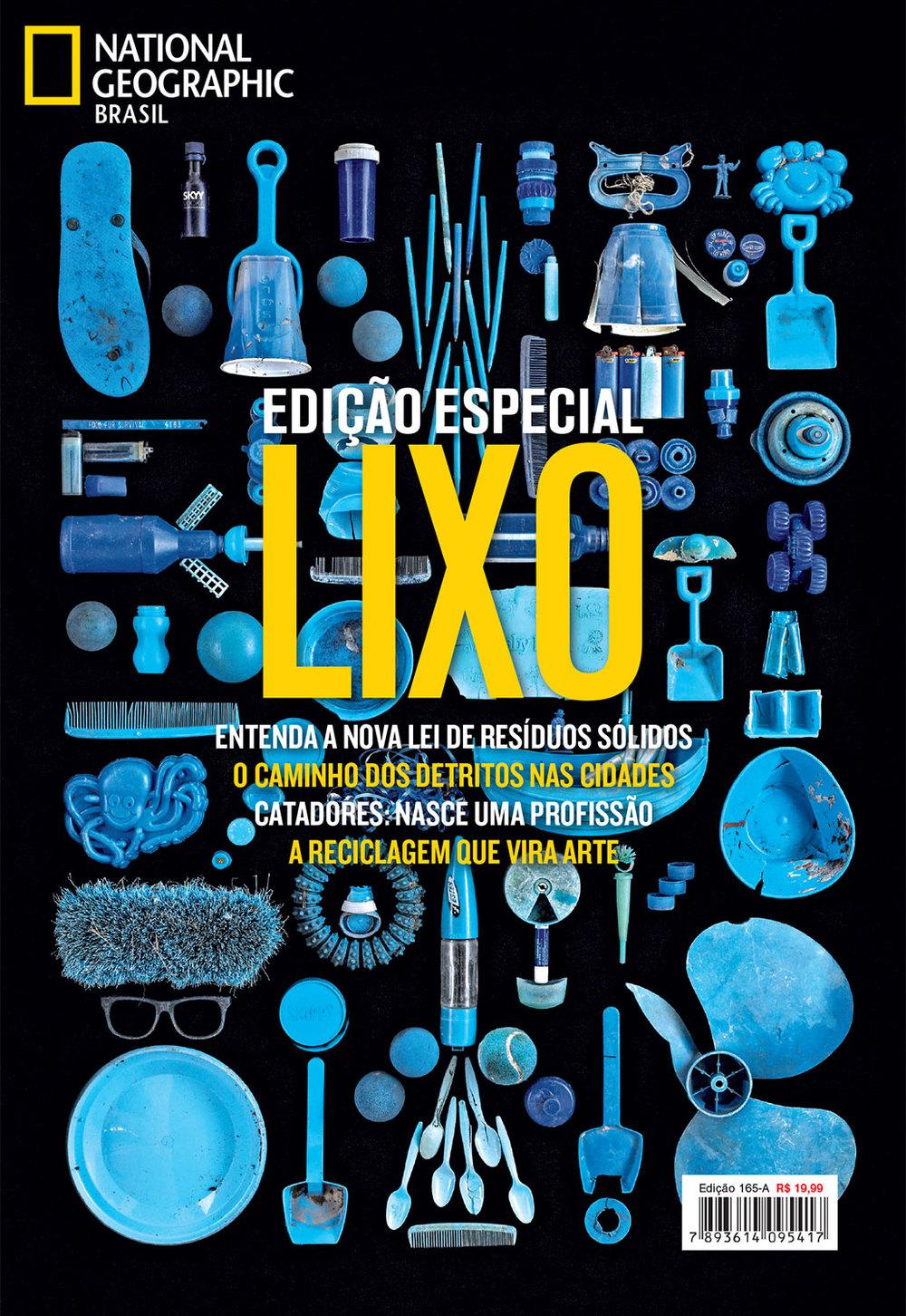 Edição de fotos e design de capa Especial Lixo | NG Brasil, dezembro 2013. Foto de Barry Rosenthal