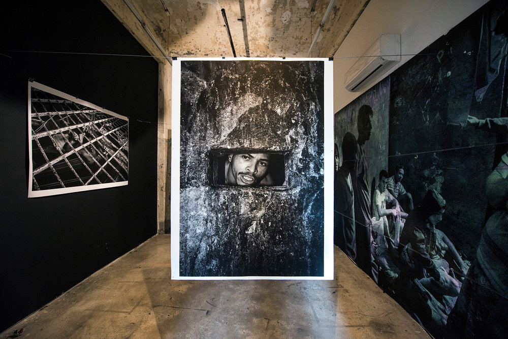 Co-curator of Foto Invasão, a photo festival with installations, projections, collective exhibition, debates, workshops, prints fair | Red Bull Station, São Paulo, 2016 and 2018. Installation by Tommaso Protti, photo Ignacio Aronovich