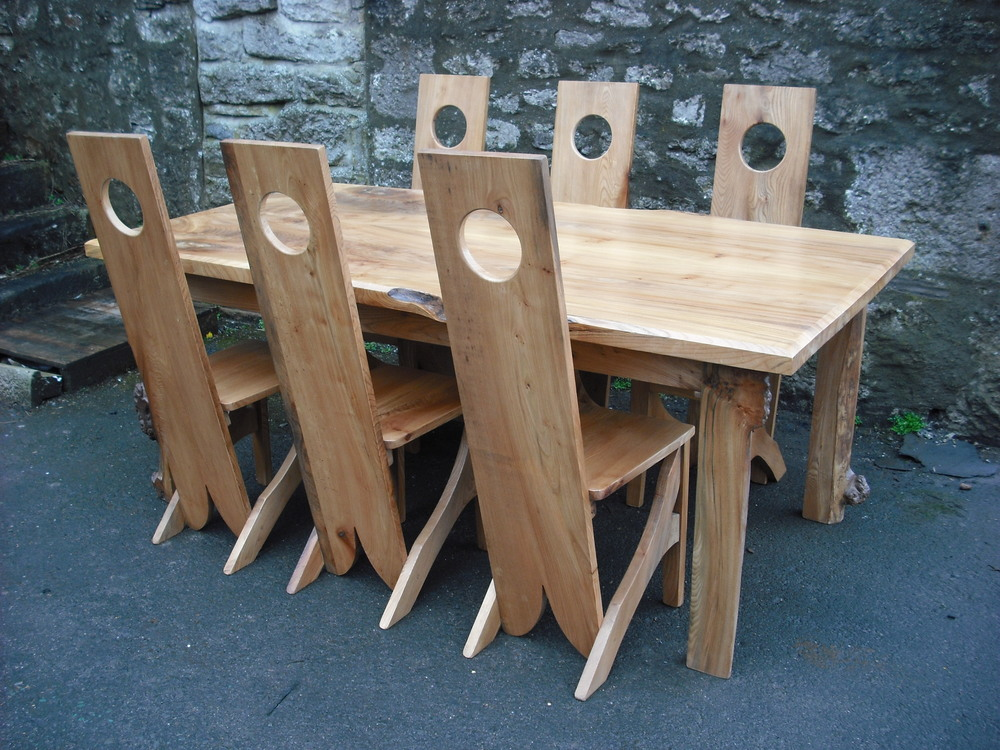 Table___chairs.JPG