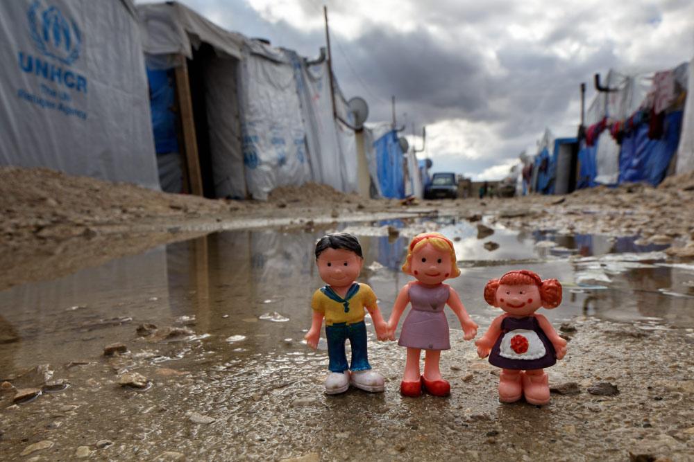 14_WT_Refugee_Camp_Children02.jpg