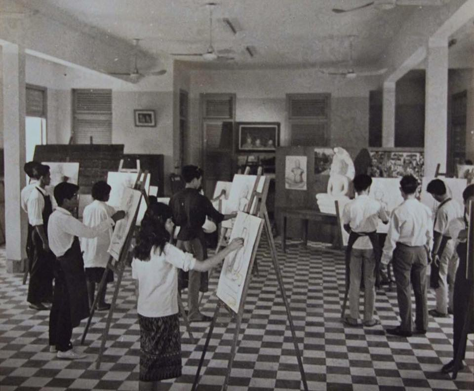 Royal university of Fine Arts, Phnom Penh during its opening year 1965. Photo courtesy of RUFA.