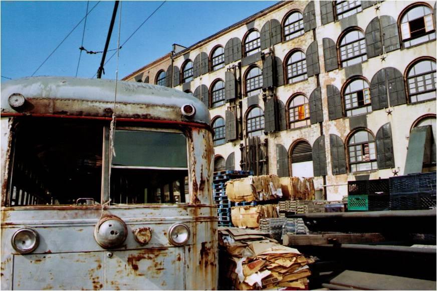 Red_Hook_Brooklyn_Fairway_Market.jpg