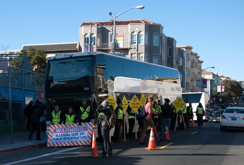 google-bus-protest.jpg