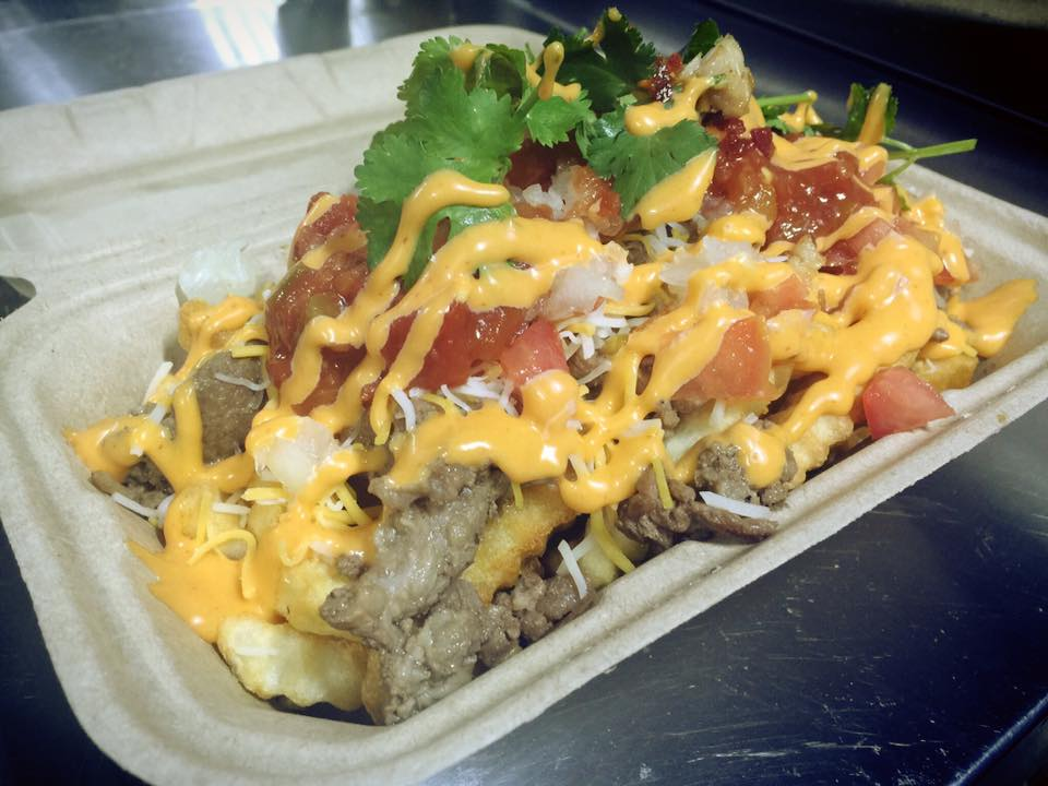 chick-n-chill-carne-asada-fries.jpg