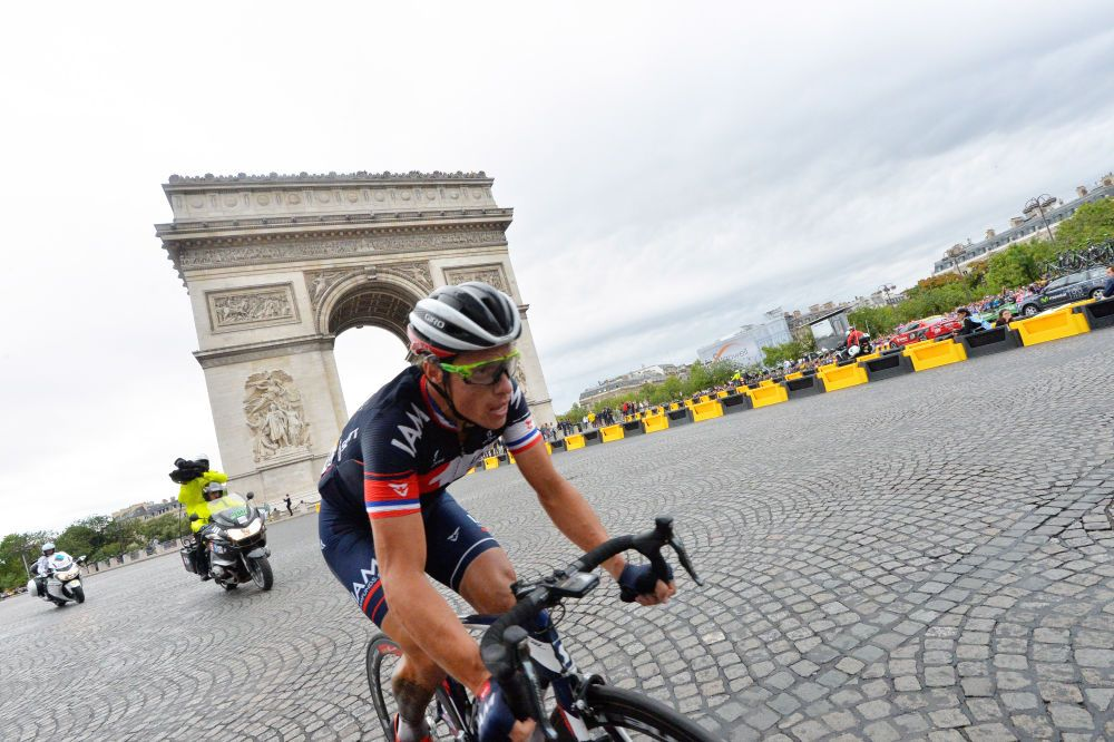DIVERSIFIED MEDIA SPEND SPEND WITH A 21 DAY SOCIAL MEDIA CAMPAIGN DURING THE TOUR DE FRANCE.  -