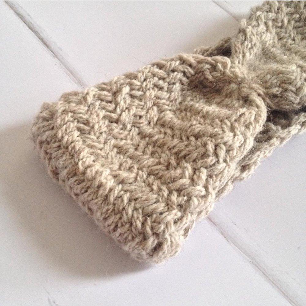 sacha-holub_visser-apella-knits_2.jpeg