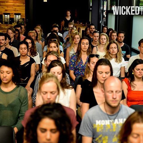 ClearHeadClub - Meditation session @ Wicked Thoughts event..🙏🏻😌 . . . . #clearheadclub #meditation #officeyoga #groupmeditation #clearmind #cleanbody #inspiration #businessevent #millenials #yoga #mindfulnessmeditation #wickedgrounds #wickedthoughts #vergaderlocatie #thenewway