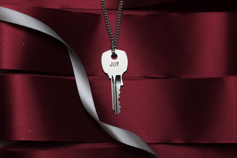 TGK-Joy-Silver-Key-Web-02.jpg
