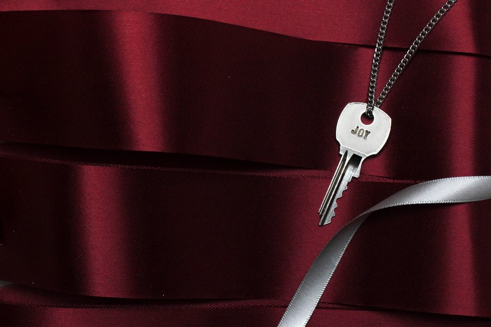 TGK-Joy-Silver-Key-Web-01.jpg