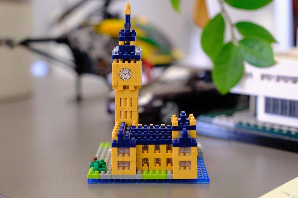 Lego Clock.jpg