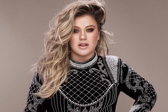 We Are LA is back supporting your local charities! Join us on October 27th and enter to meet @kellyclarkson at the @iheartradio Album Release Party benefitting @bobhopeuso and @fallenpatriots. We can't wait to see you there! Link in bio!