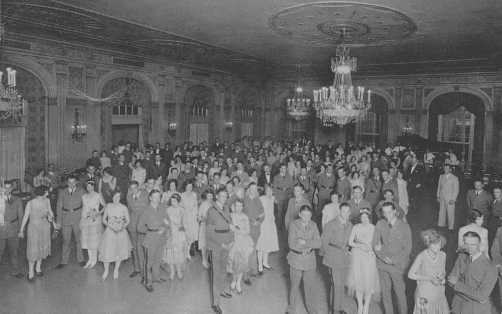 the brown hotel 1923.jpg