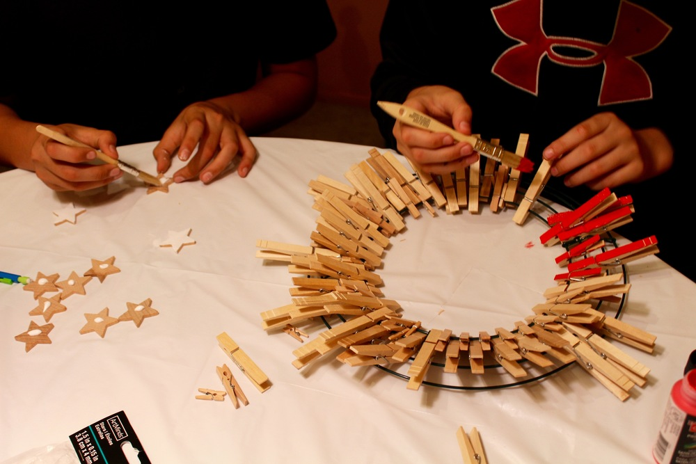 Painting the clothespins and wooden stars