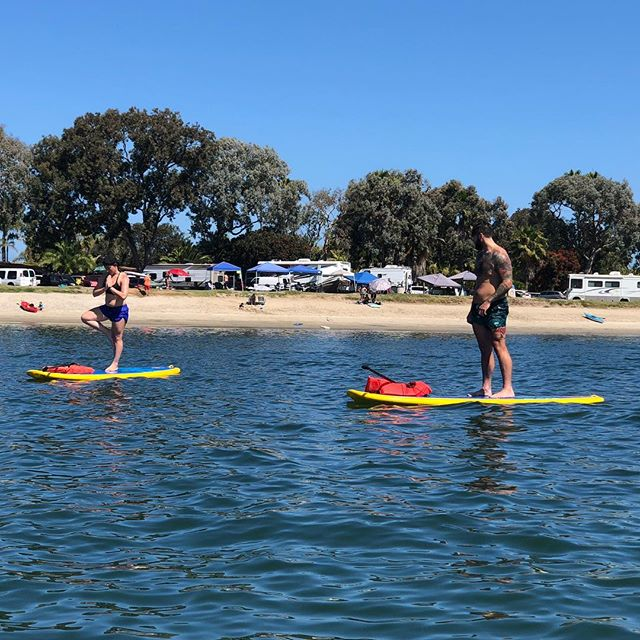 Sunday. Funday. . . . #paddleboarding #paddleboardyoga #sundayfunday #sup #365boarding #watersports