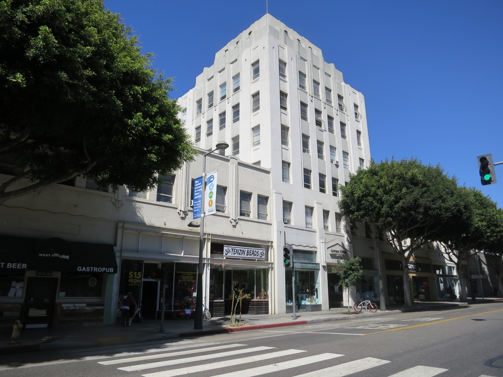 Central Tower Building (1929, M. Eugene Durfee; Landmark #103), downtown