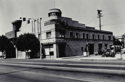 Merle Norman Building, 2525 Main Street (1936, City of Santa Monica Landmark #44), 1983. Source: Santa Monica Public Library.