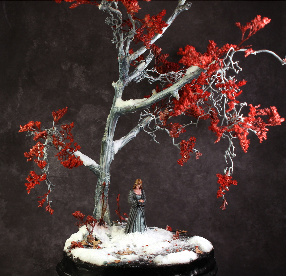 Lady in Waiting Dark Sword Miniatures