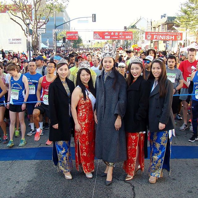 Our 2017 Miss LA Chinatown court supporting the runners before the start. Congratulations to all the participants! Both the 5k and 10k courses were extremely tough. #firecrackerrun #yearoftherooster #mlac2017 @firecracker10k