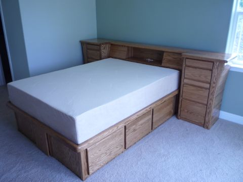 chestbed-oak-lowprofile.jpg