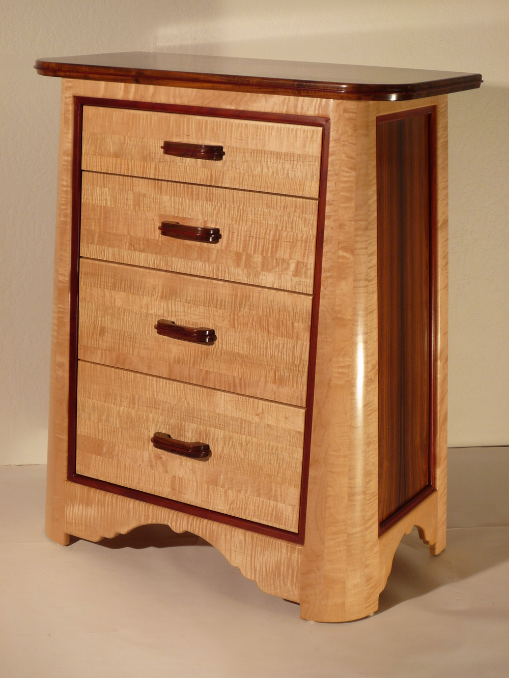 custom-tapered-dresser-2.JPG
