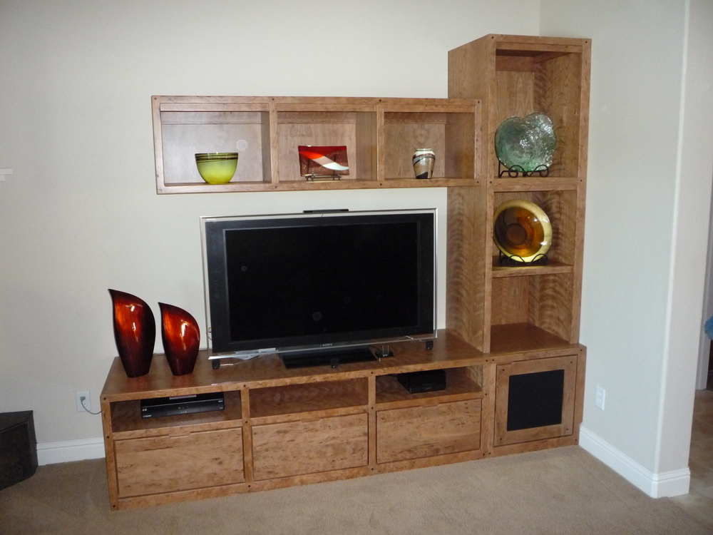 custom-entertainment-center.JPG