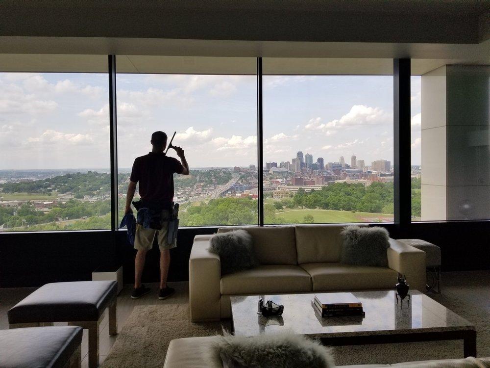 "Addison Window Cleaning - ""Making Kansas City Shine Since 2006"""