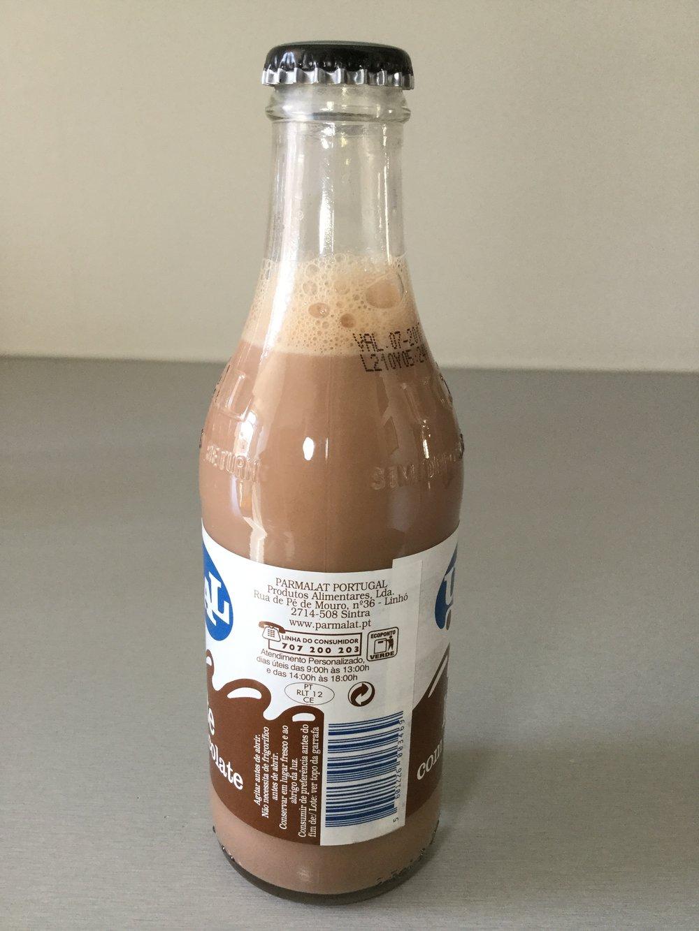 Ucal Leite Com Chocolate Side 2