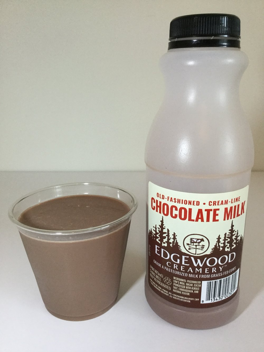 Edgewood Creamery Chocolate Milk Cup