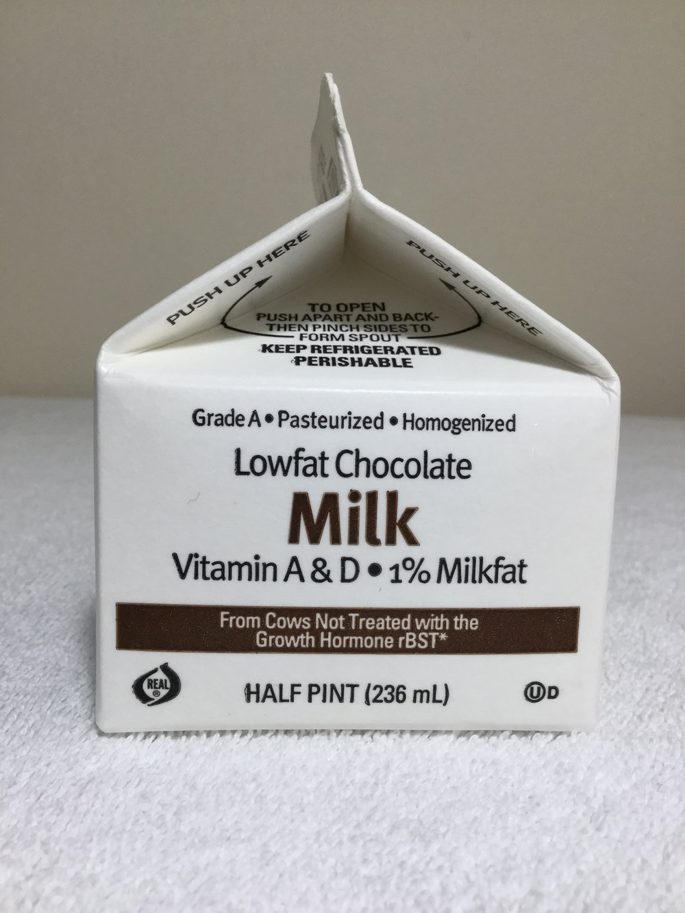 Glenview Farms Lowfat Chocolate Milk Side 3