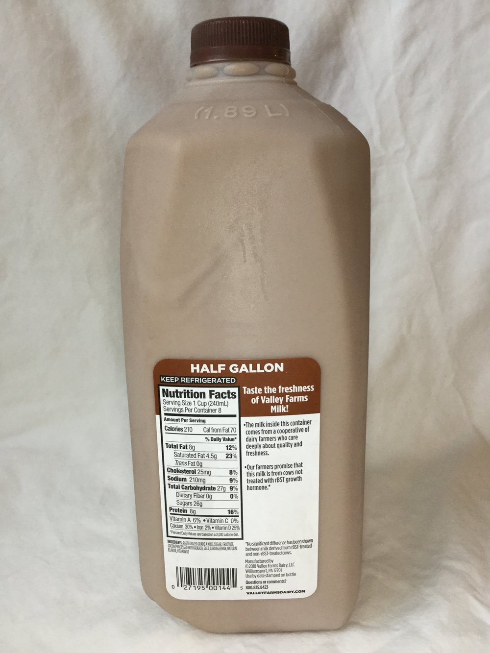 Valley Farms Chocolate Milk Side 1