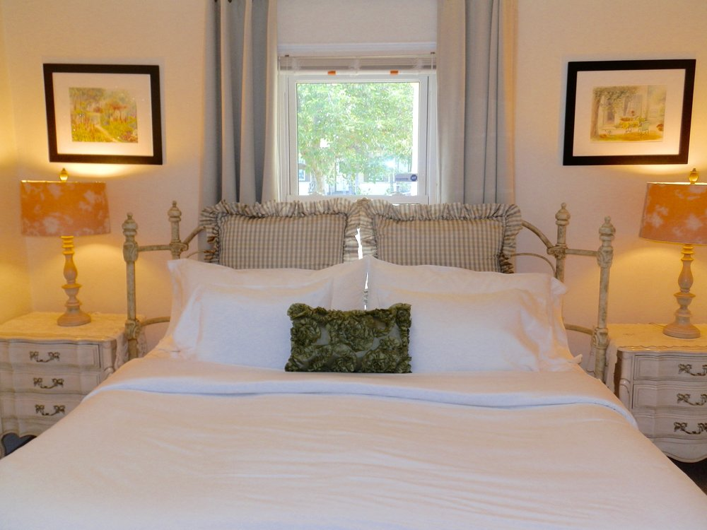Luxury Linens on King bed in bedroom #2
