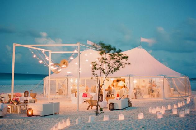 19Glam-Beach-Wedding-Bahamas-KT-Merry-tent.jpg
