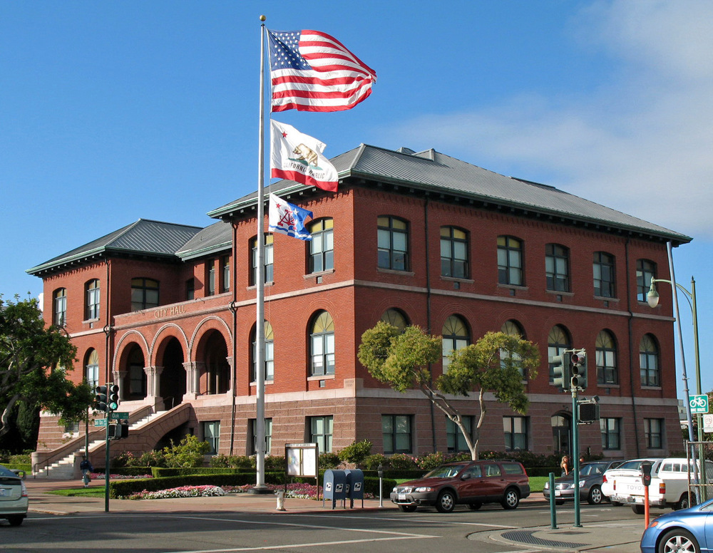 CITY OF ALAMEDA<a href=/clients-2>→</a><strong>Alameda</strong>
