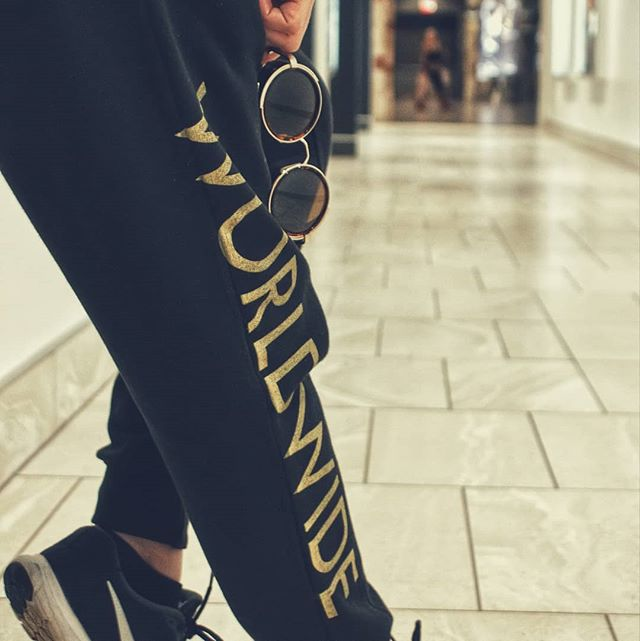 Worldwide Joggers Gold Edition 🔥  #luckielosers #worldwide #dope #GoldEdition #streetwear