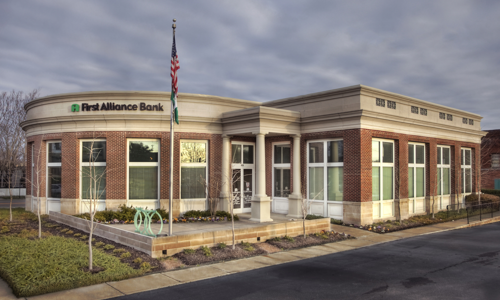 FIRST ALLIANCE BANK  - MEMPHIS, TN