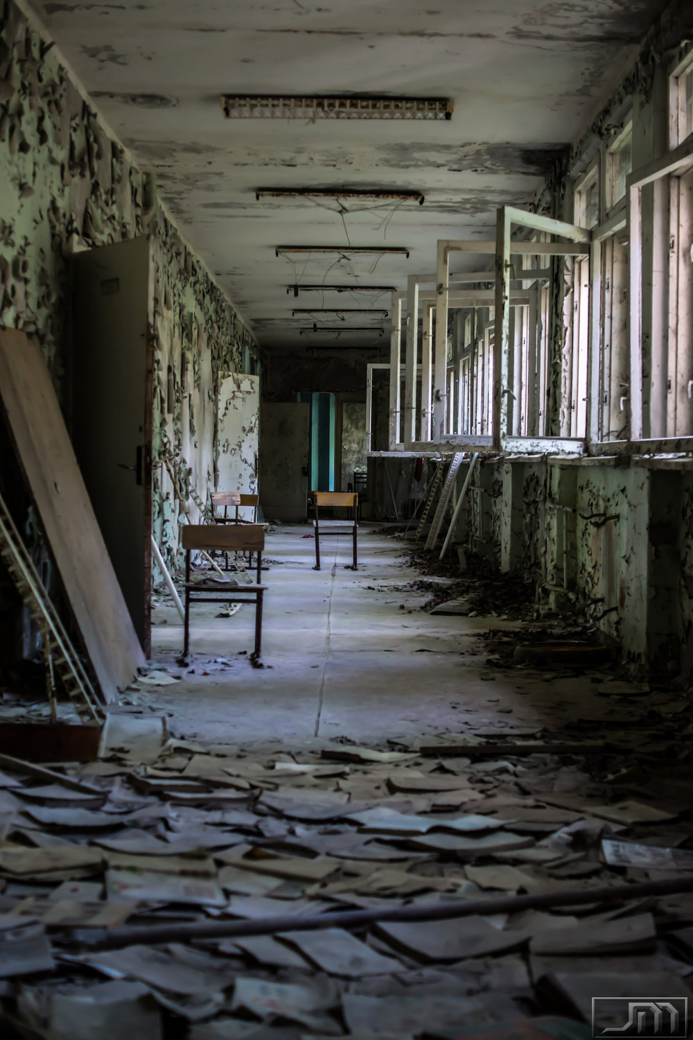 Chernobyl - English Hallway.jpg