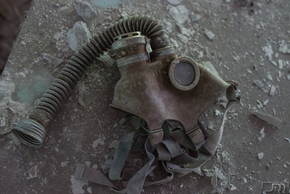 Chernobyl - Gasmask Single.jpg