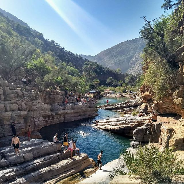 Had an awesome time hanging out with Jonny in Tamraght Morocco.. hiking, surfing, Sahara Desert! Also made some friends in Paradise Valley, last vid is Jonny jumping from rocks into water there.  #tamraght #tamraghtsurfhostel #paradisevalley #sahara #agadir #surf #wanderlust