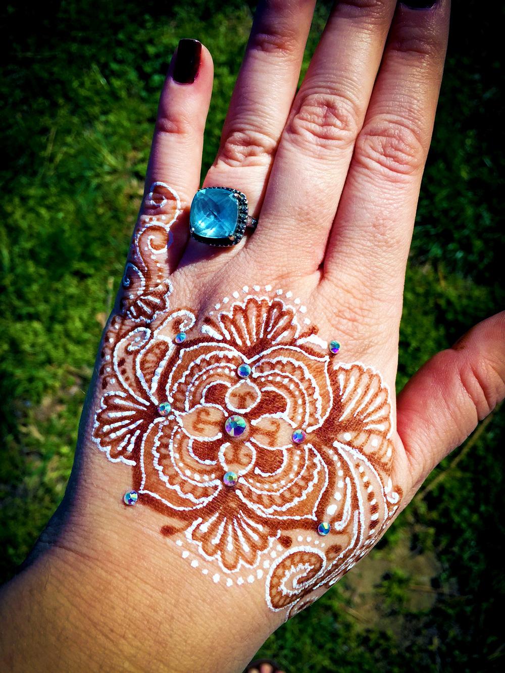 Does A Henna Tattoo Cost: J.U. Henna Tattoo