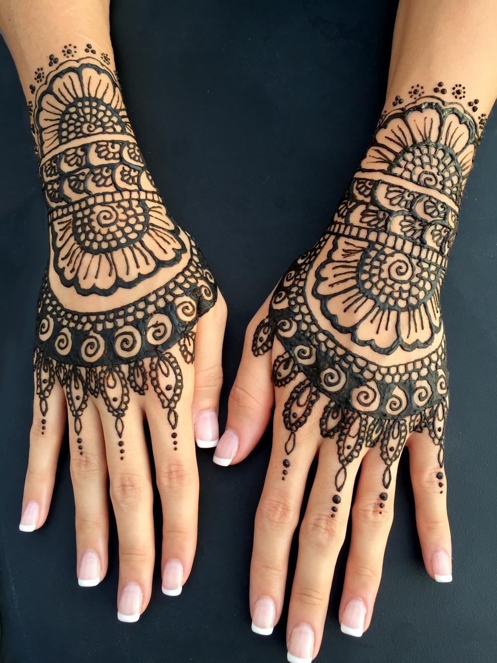 J u henna tattoo for How is a henna tattoo done