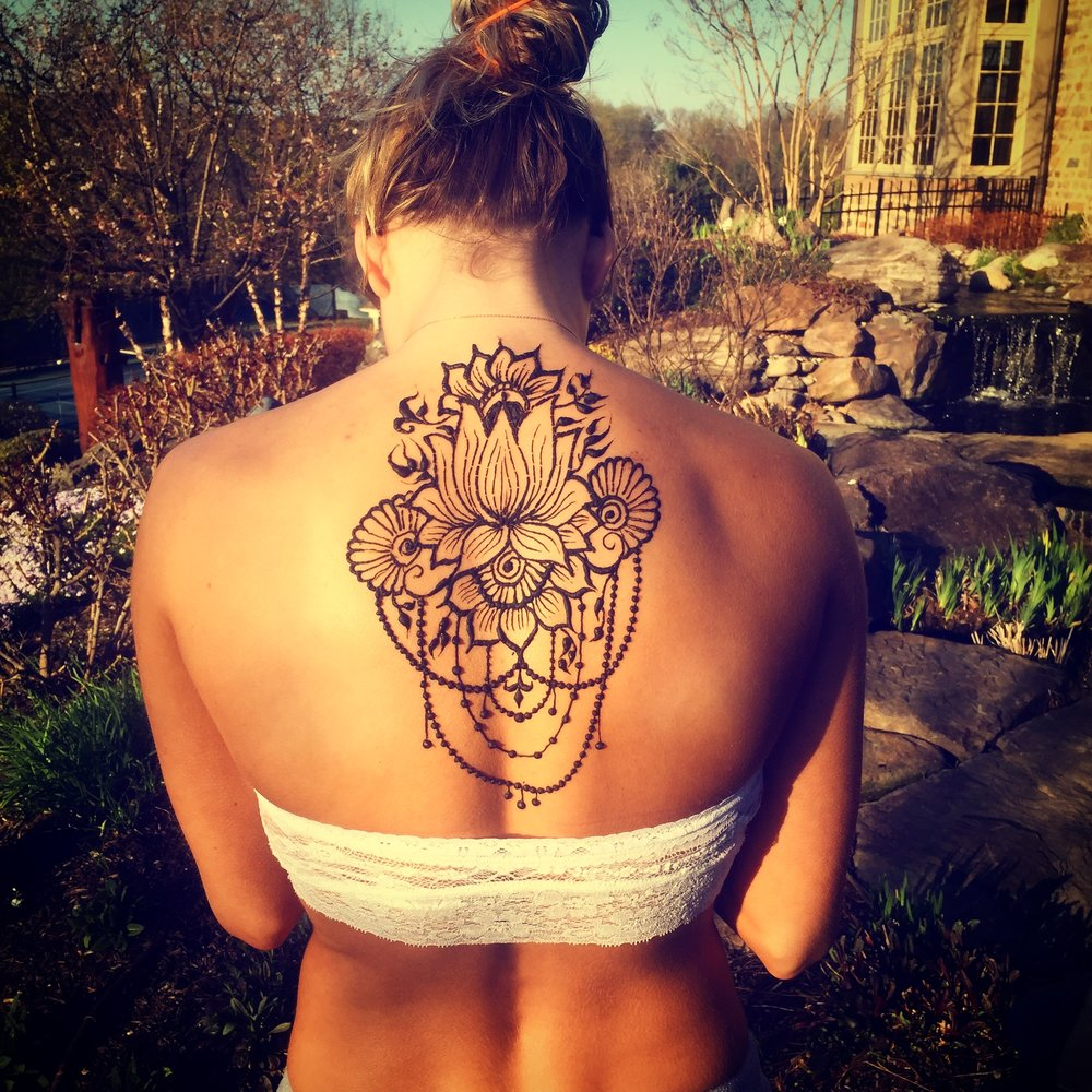 About Henna -